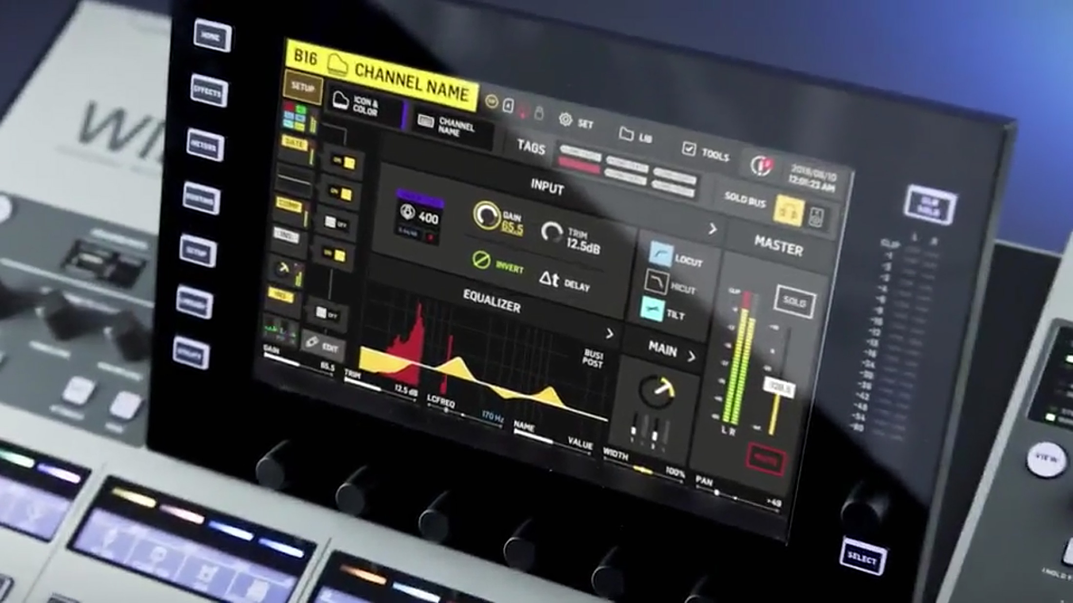 Behringer WING LCD TFT galy