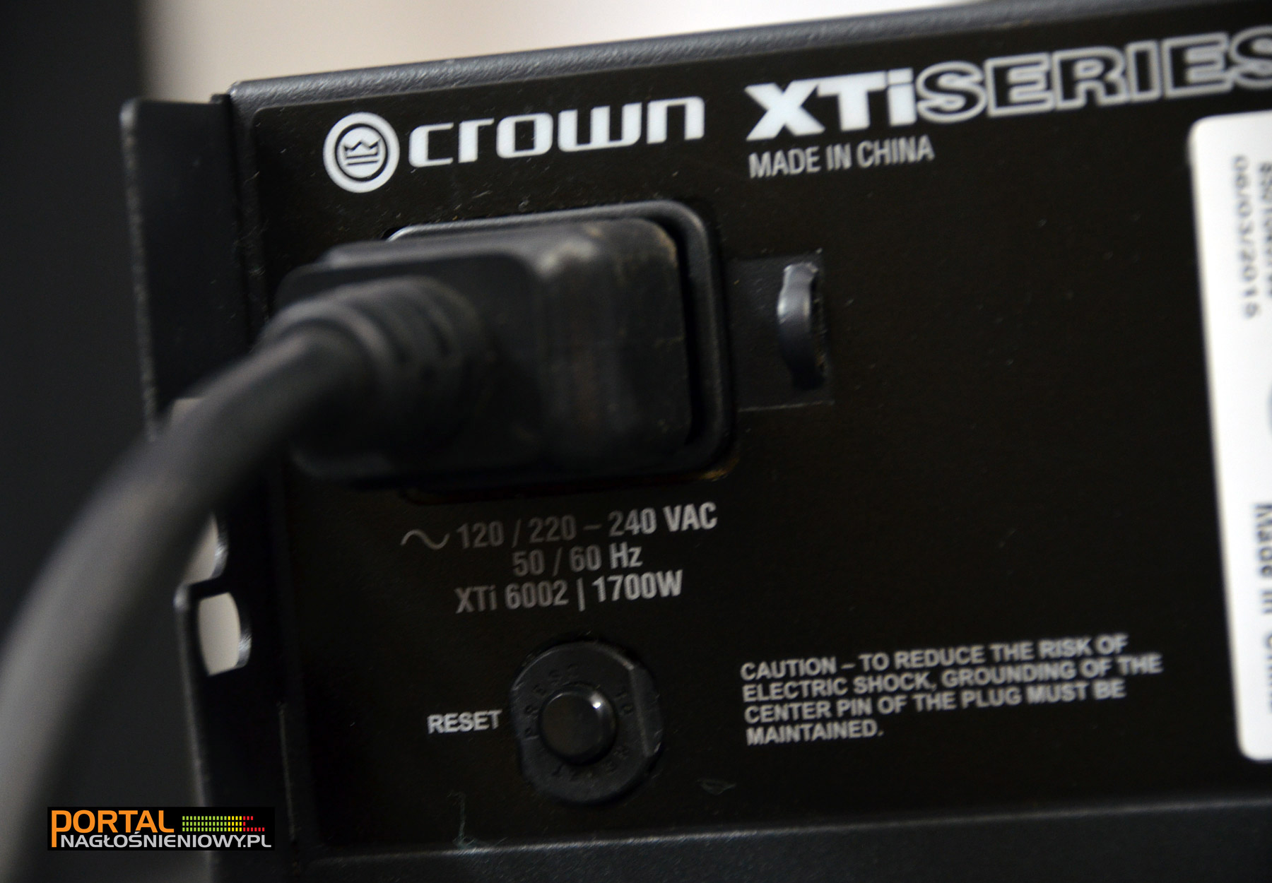Crown-XTi6002-tyl-pobor-mocy