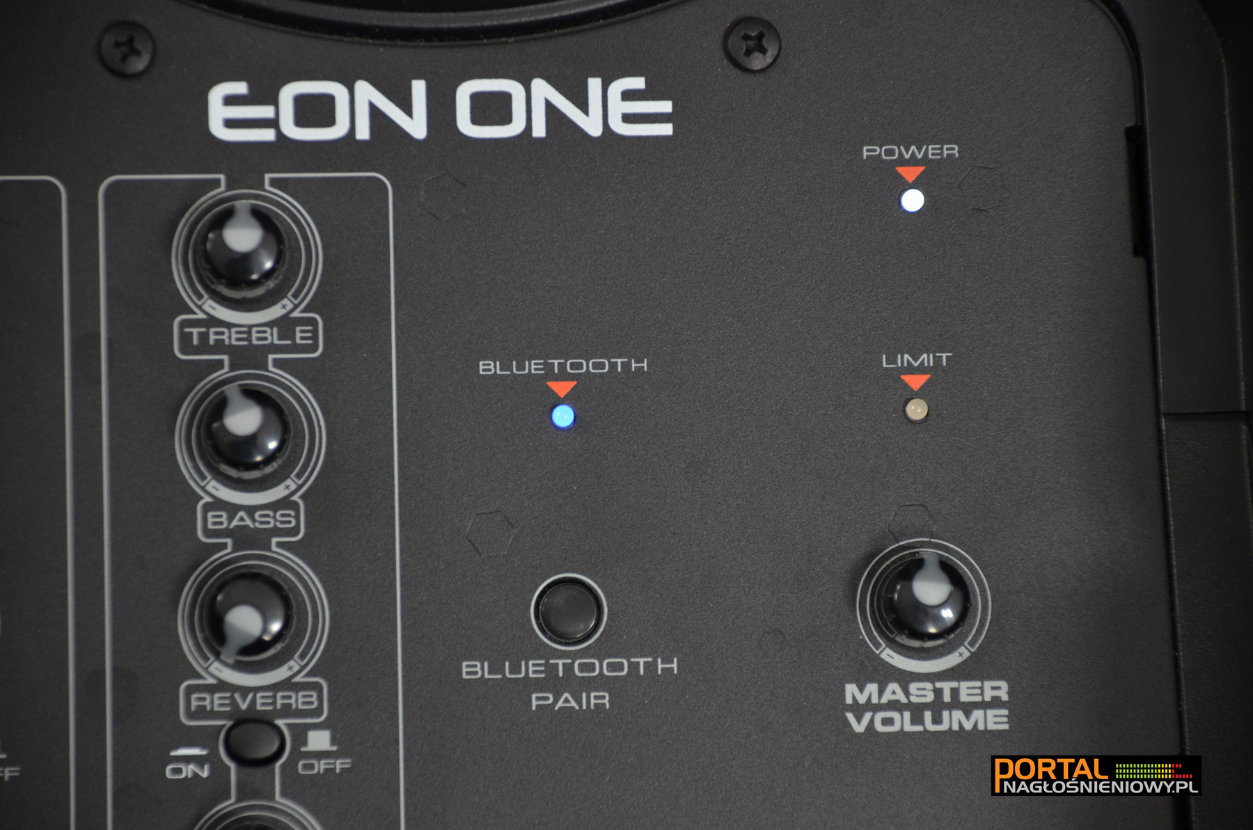 JBL-EON-ONE-sub-panel-Bluetooth