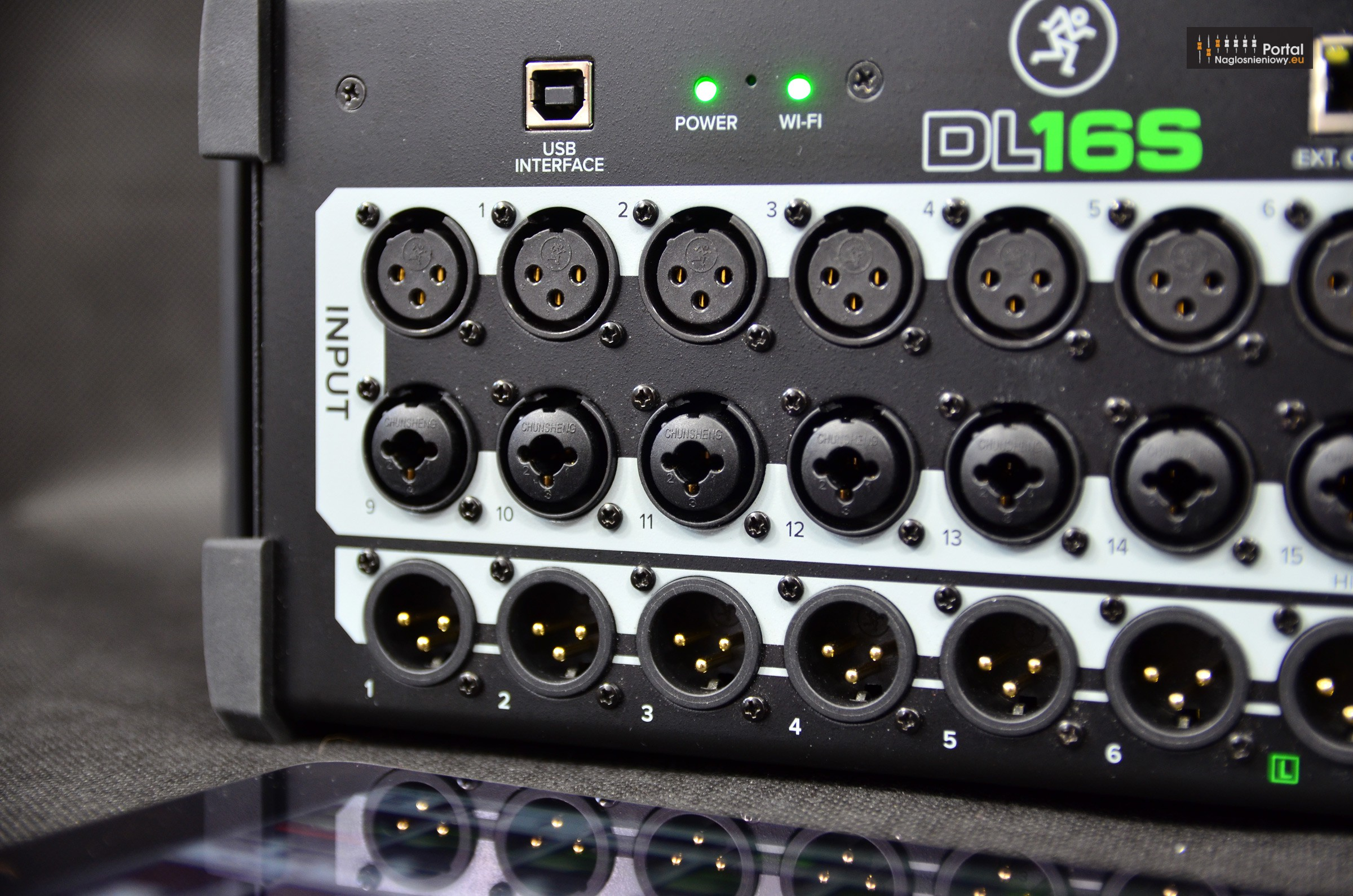 Mackie DL16S digital mixer USB 3