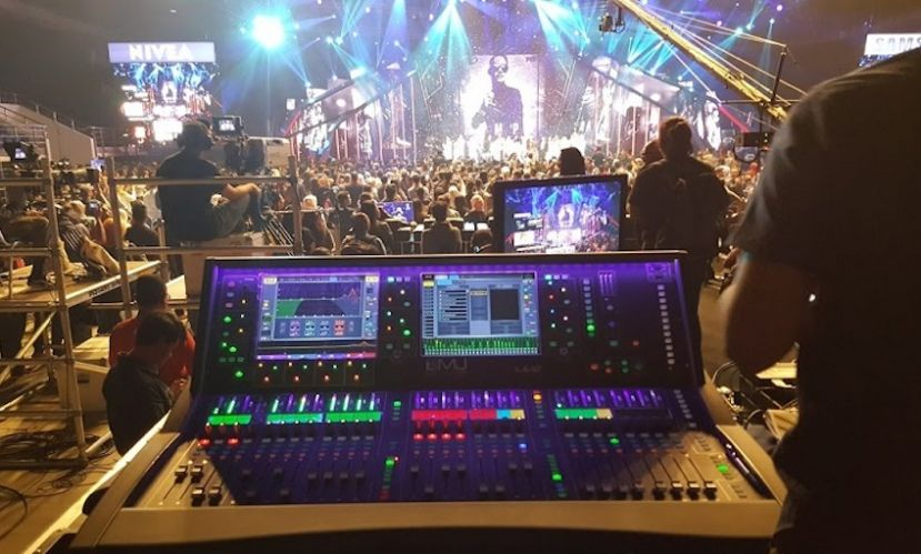 "Allen & Heath dLive S Class na malezyjskim konkursie piosenki ""Champion of Songs"""
